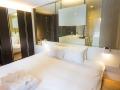 J-Sekka Suites King Bed