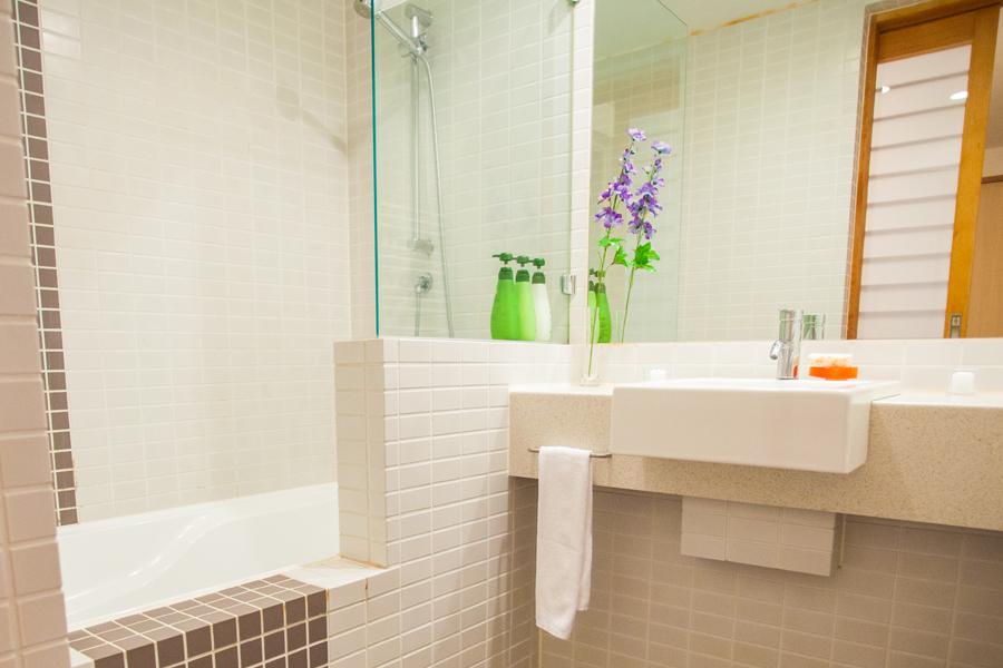 Yuki Yama Bathroom